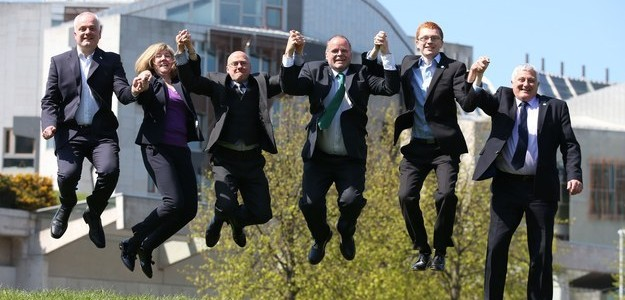 """The Scottish Greens Will Back The SNP On IndyRef 2 If """"It FeelsRight"""" Read more: http://bzfd.it/1rGO1cO"""